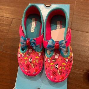 Girls brand new Skechers with memory foam